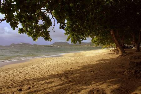 vigie-beach-choc-castries beach