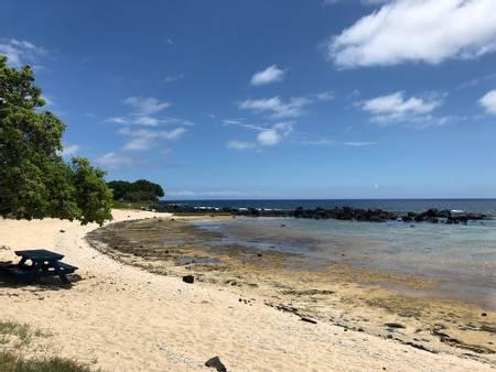 wawaloli-beach-kalaoa-hawaii beach