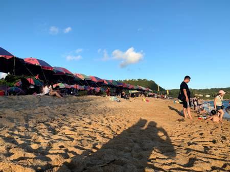 white-sand-bay-kenting beach