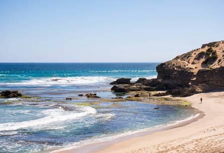 back-beach-torquay-victoria beach