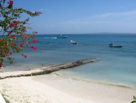 bendita-beach-islas-del-rosario-cartagena-bolivar beach