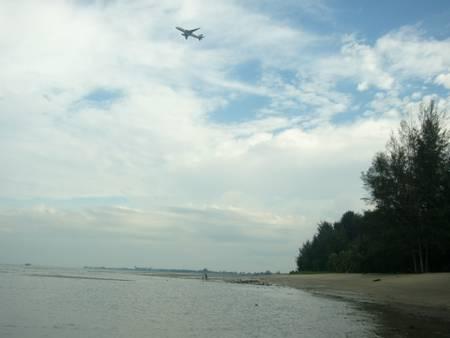 changi-beach-park-singapore beach