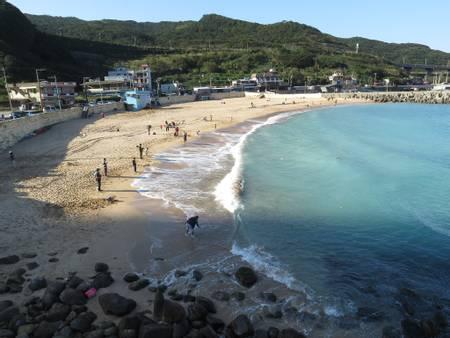 dawulun-beach-new-taipei-city beach