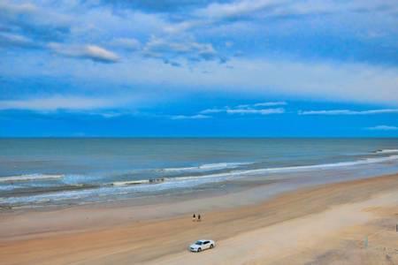 daytona-beach-daytona-beach beach