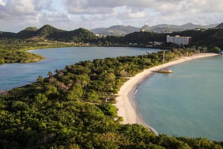 deep-bay-beach-five-islands-village-saint-john beach