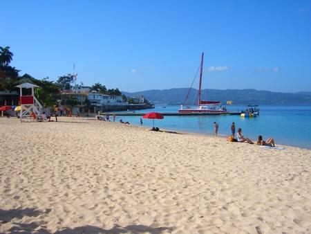 doctors-cave-beach-montego-bay-st.-james-parish beach