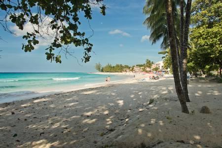 dover-beach-oistins-christ-church beach
