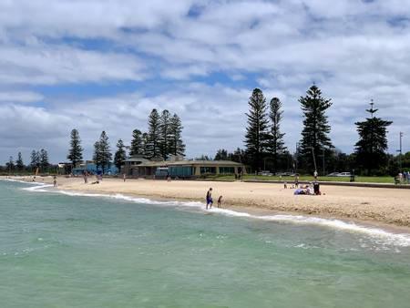 elwood-beach-melbourne-victoria beach