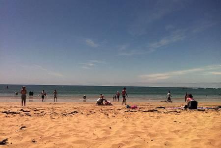 front-beach-torquay-victoria beach