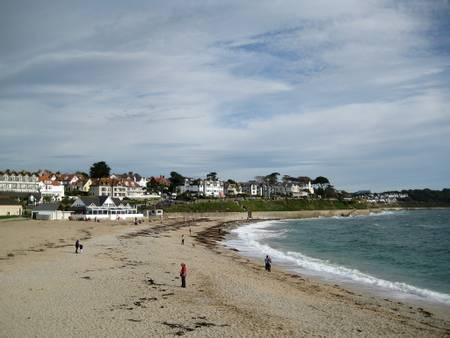 gyllyngvase-beach-falmouth-england beach