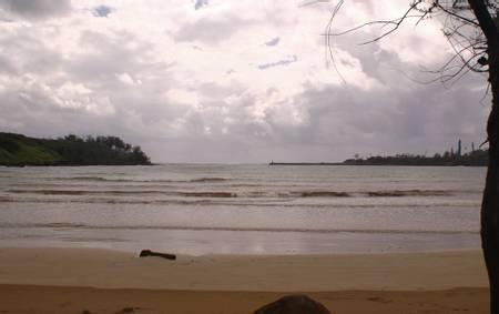 hanamaulu-beach-lihue-hawaii beach