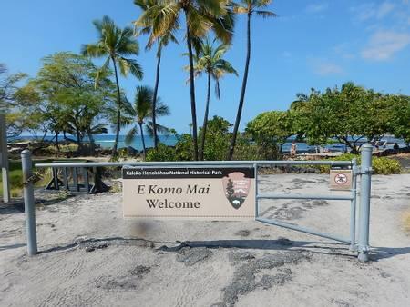 honokohau-harbor-beach-kalaoa-hawaii beach