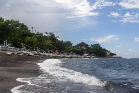 jemeluk-beach-jemeluk-bali beach