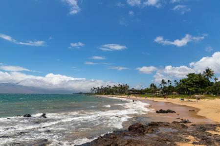 kamaole-ii-beach-wailea-makena-hawaii beach