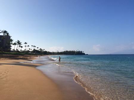 kahekili-beach-kaanapali-hawaii beach