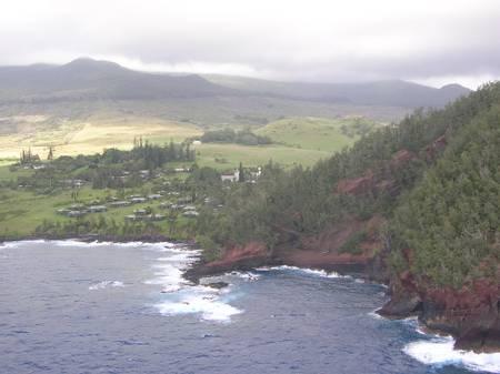 kaihalulu-beach-kawela-bay-hawaii beach