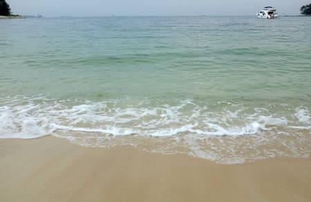 lazarus-island-beach-singapore beach