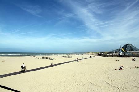 le-touquet-paris-plage-le-touquet-paris-plage beach