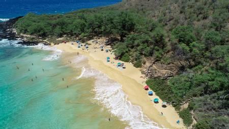little-beach-wailea-makena-hawaii beach
