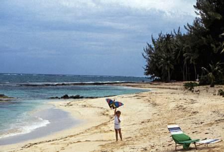love-beach-nassau-new-providence beach