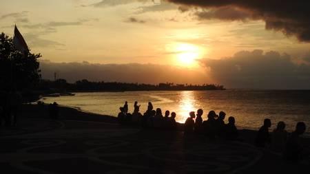 lovina-beach-kaliasem-bali beach