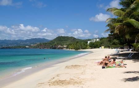 magazine-beach-calliste beach
