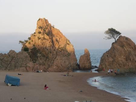 mar-menuda-tossa-de-mar-catalunya beach