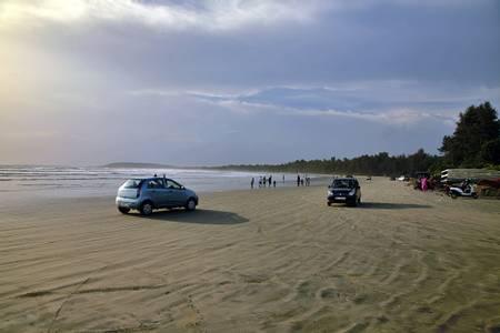 muzhappilangad-beach-kannur beach