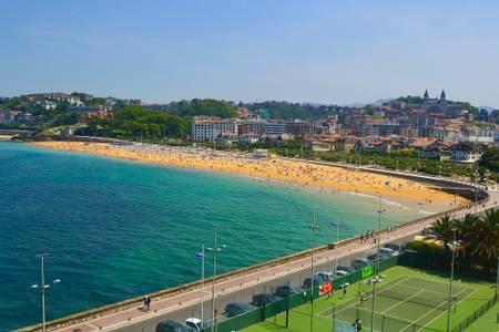 ondarreta-donostia-san-sebastian-basque-country beach