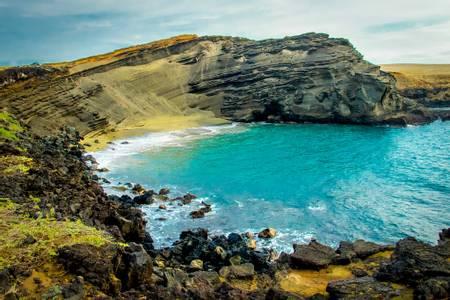 papaklea-beach-ocean-view-hawaii beach