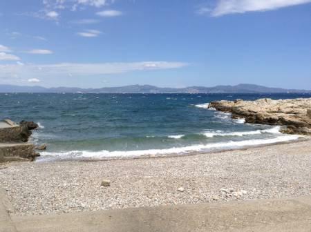 port-d'en-perris-l'escala-catalonia beach