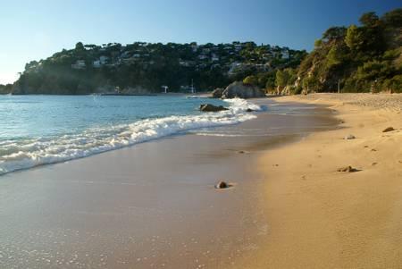 platja-canyelles-catalunya beach