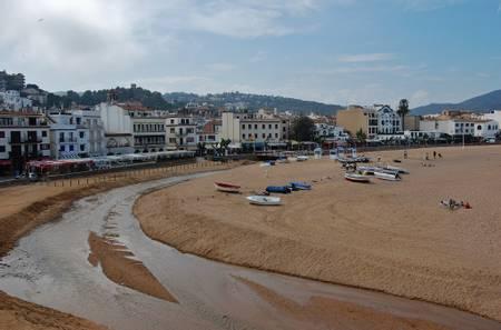 platja-gran-tossa-de-mar-catalunya beach