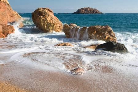 platja-gran-tossa-de-mar-catalonia beach