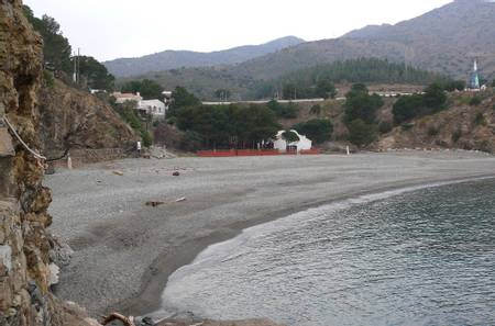 platja-d'en-goixa-colera-catalonia beach