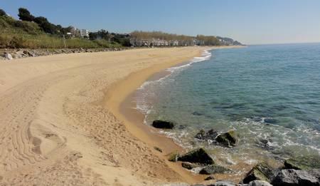 platja-de-can-villar-del-grau-sant-pol-de-mar-catalonia beach