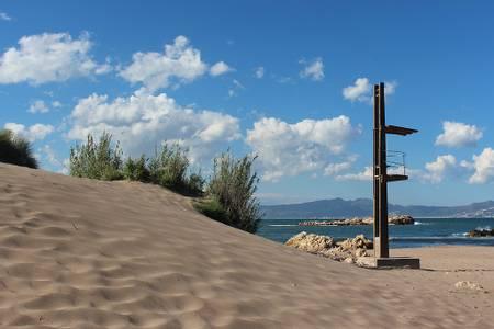 platja-de-les-muscleres-l'escala-catalonia beach