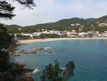 platja-de-llafranc-llafranc-catalonia beach