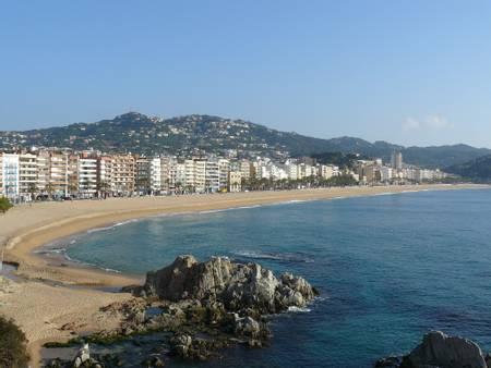 platja-de-lloret-lloret-de-mar-catalonia beach