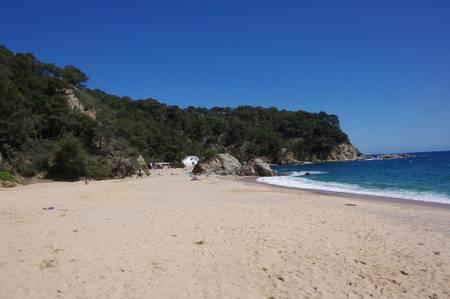 platja-de-sa-somera-lloret-de-mar-catalonia beach