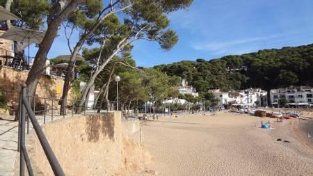 platja-de-tamariu-tamariu-catalonia beach