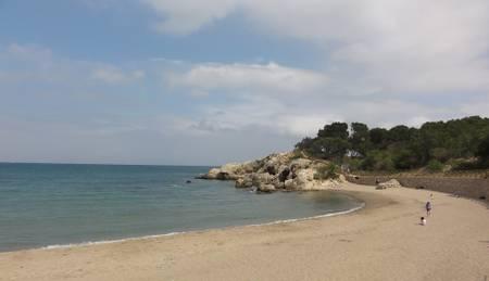 platja-del-portitxol-l'escala-catalonia beach