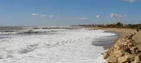 platja-llarga-platja-d'aro-catalonia beach