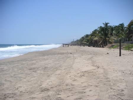 playa-tamarindos-acapulco-guerrero beach