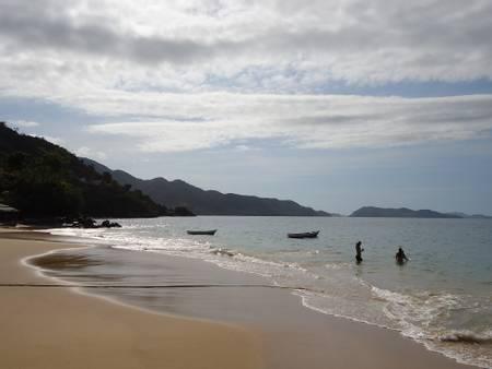 playa-vallecito-playa-colorada-sucre beach