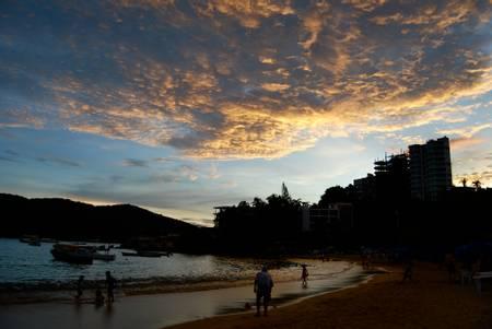 playa-caletilla-acapulco-guerrero beach