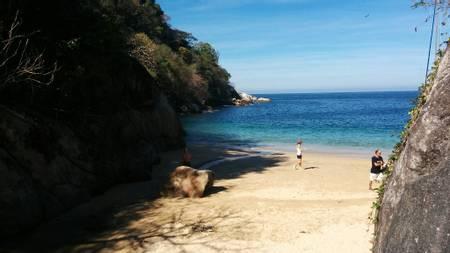 playa-colomitos-boca-de-tomatlan-jalisco beach