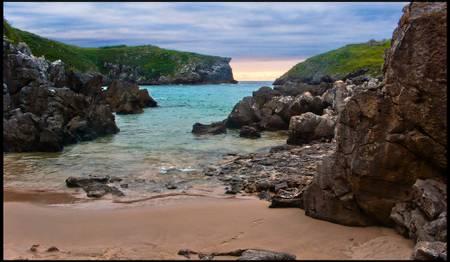 playa-de-antilles-llanes-asturias beach