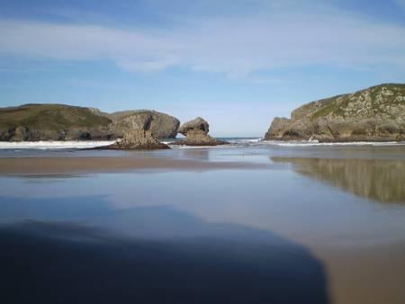 playa-de-borizu-celorio beach