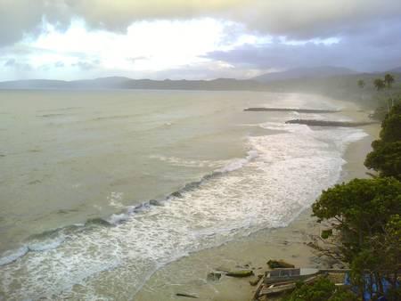 playa-de-la-sabana-la-sabana-venezuela-vargas beach